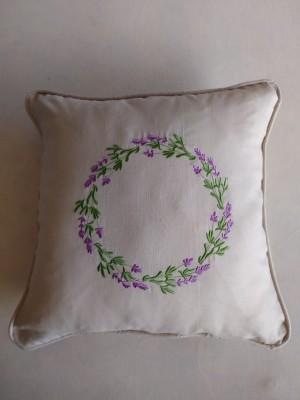 Cojín lino bordado corona lavanda personalizable