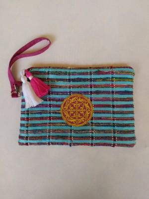 Bolso de mano seda turquesa bordado oro