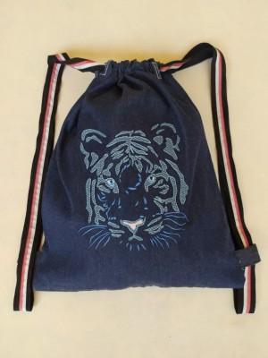 Mochila vaquera bordado tigre azul personalizable