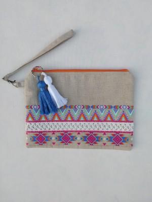 Bolso de mano bordado boho borlas azul